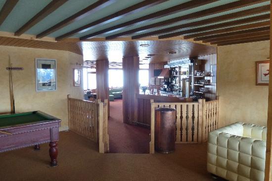 Crystal  Hotel : Lounge