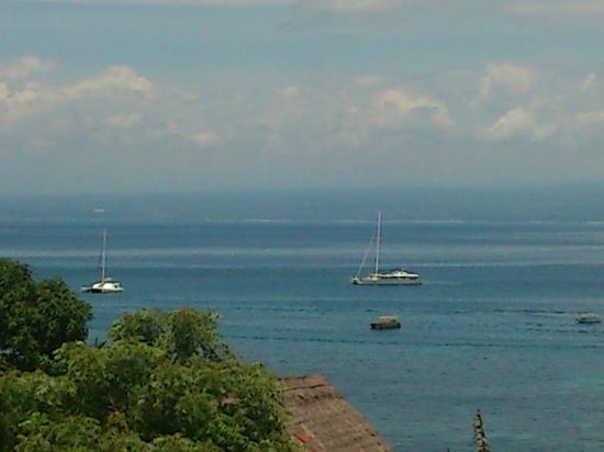 แพนดานา เกสท์เฮาส์: view from my room.... Ocean View