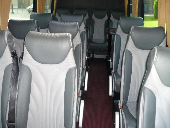 Optimum Chauffeur Drive - Day Tours : Minicoach