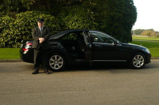 Optimum Chauffeur Drive - Day Tours: Saloon