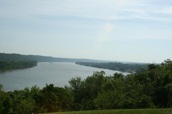 Southern Grace Bed and Breakfast: View from Brandenburg