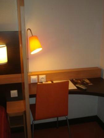 Première Classe Lisieux : Room