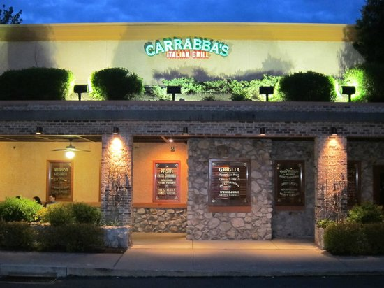 Carrabba's Italian Grill: The main entrance and outside waiting area.