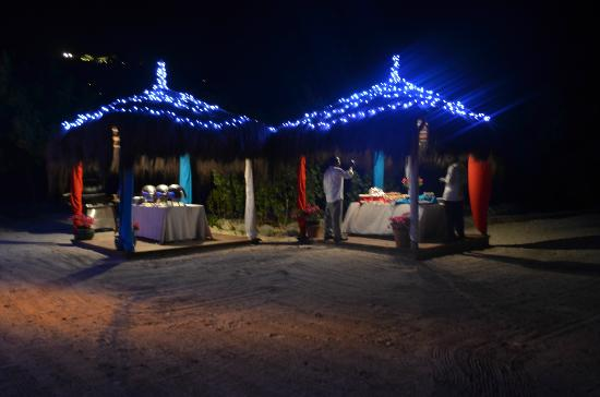 Canouan Resort at Carenage Bay - The Grenadines: Beach Barbecue