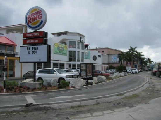 Flamingo Beach Resort : Un marché à 5 min. en voiture