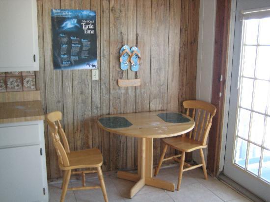 Wild Wave Resort: dining area