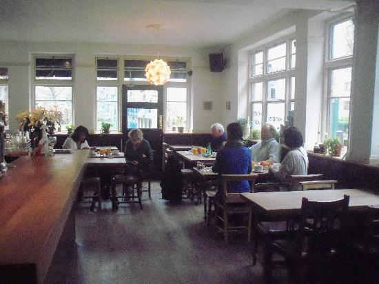The Harrison Gastro Pub and Hotel: The Restaurant Area at breakfast time