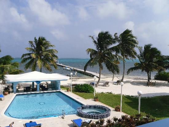 Sunset Beach Resort: View from our 2nd floor balcony