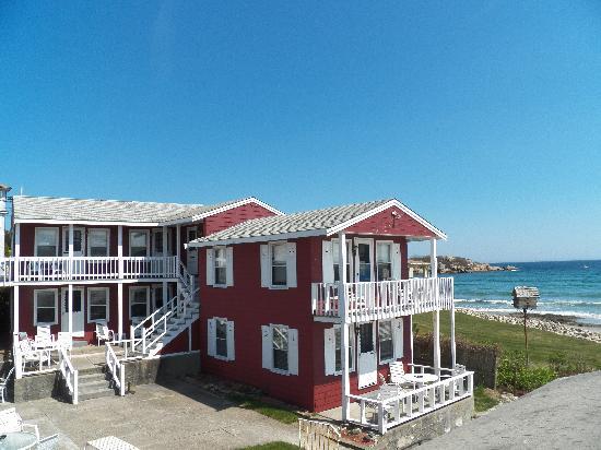 Good Harbor Beach Inn Overall View