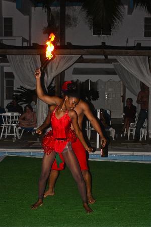 Hotel Celuisma Cabarete: Nayely & Cappucino in Fire & Water