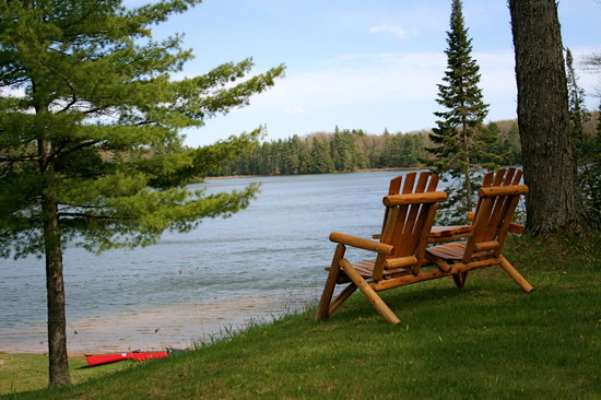 Halfway Lake Cottages: Relax and enjoy Halfway Lake.  Photo compliments of Landgraff Design Group..