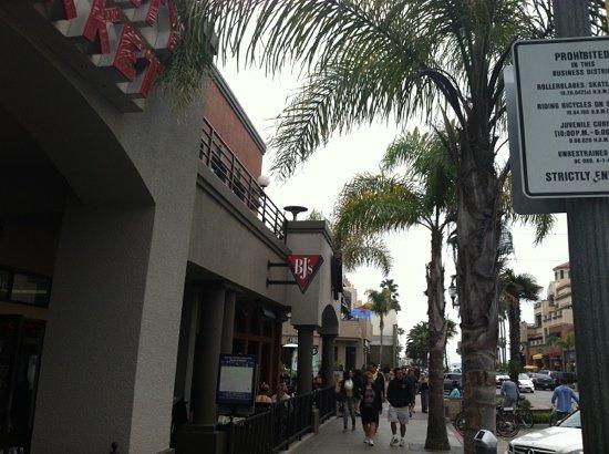 Bj S Restaurant Brewhouse Huntington Beach 200 Main St Reviews Phone Number Photos Tripadvisor