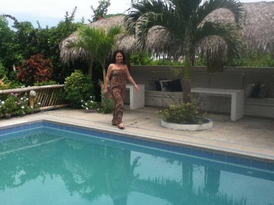 Viejamar Hostel: En la piscina de Viejamar, un lugar muy agradable!