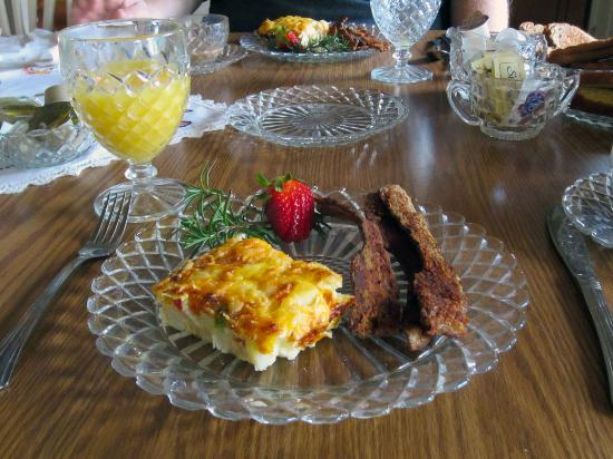 The Waterloo Inn: Our delicious breakfast