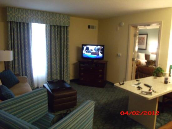 Homewood Suites by Hilton Nashville-Airport: Flat screen TV