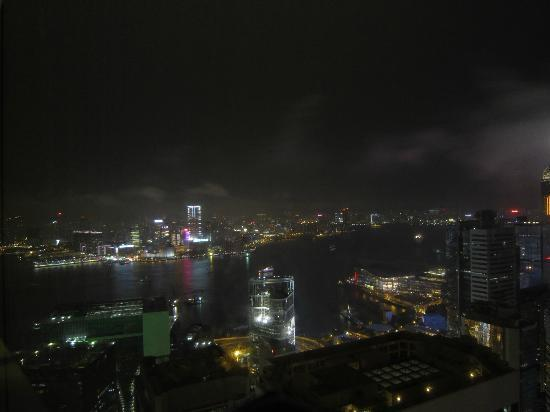 Island Shangri-La Hong Kong: night view of the harbor and Kowloon from suite