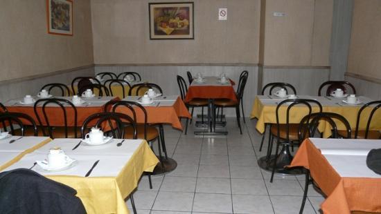 Hotel Caravelle: Зал для завтраков