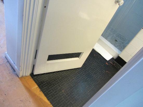 """Hotel Nutibara: Das """"Loch"""" in der Tür."""