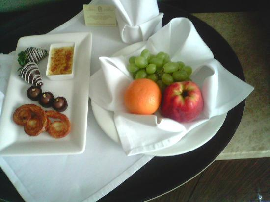 Kharkiv Palace Premier Hotel: complimentary tantalising dish sent to room