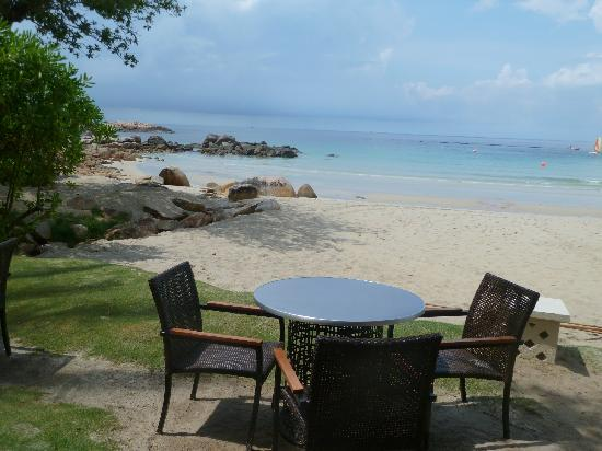 Club Med Bintan Island: Bar at the beach
