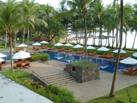 Club Med Bintan Island: Swimming pool