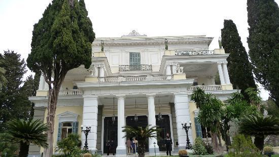 Pyrros Hotel: Achillion Palace