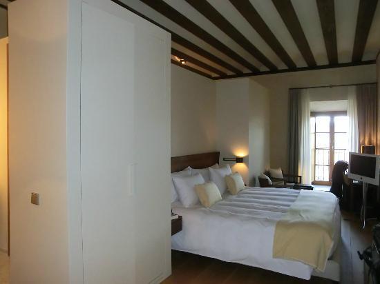 Hotel Abadia Retuerta Le Domaine: Vista Habitación