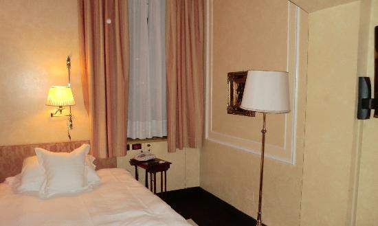 Grand Hotel Duchi D'Aosta: Standard Single Room