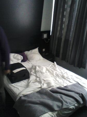 Hotel De Looier: room