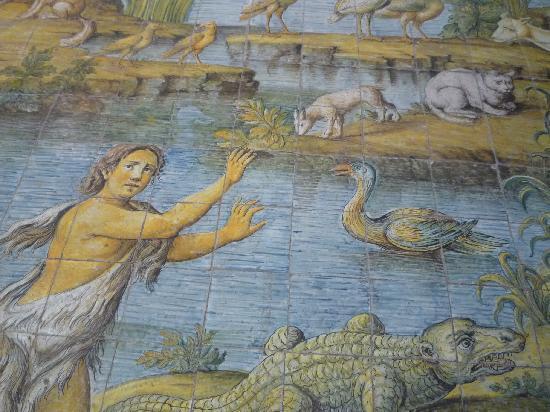 Chiesa San Michele: Particolare Della Maiolica