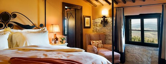Castello di Casole Private Estate & Spa: Guest Suite