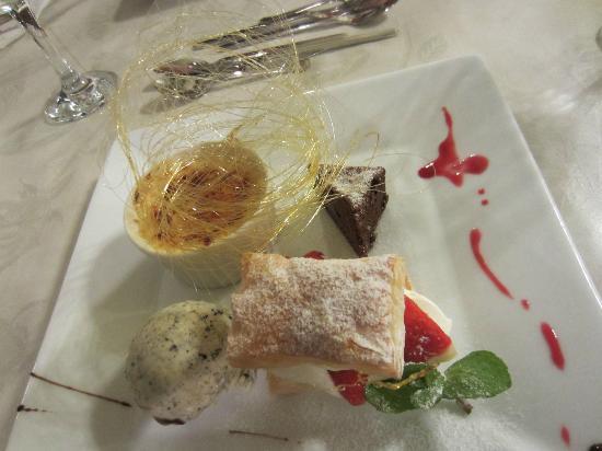 Pension Angelica: Dessert - Day 1