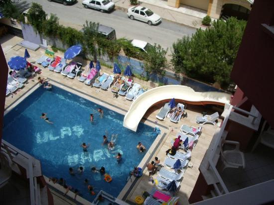 Bariscan Hotel Alanya: view from our balcony