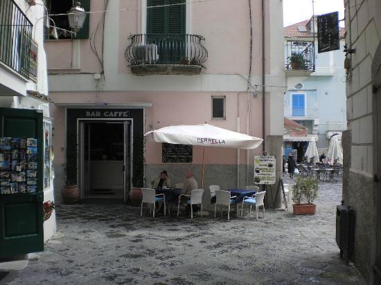 Midnight Sun Bar: the bar entrance