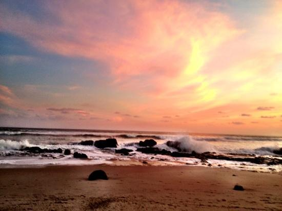 beautiful sunset sky  Picture of Playa Santa Teresa, Santa Teresa
