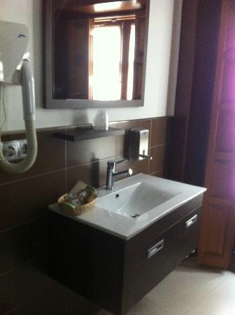 Hotel Rolle: baño1