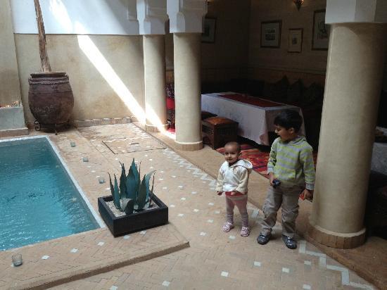 Riad Anjar: Pool