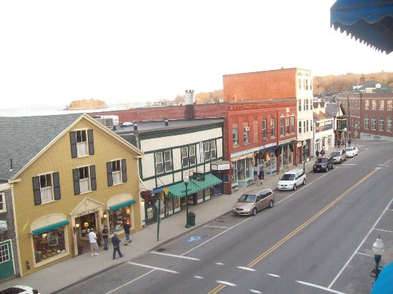Lord Camden Inn: view from the balcony, downtown!