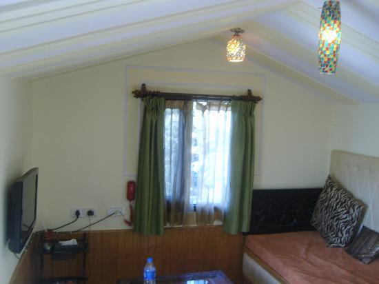 Kapil Hotel : Sitting Lounge