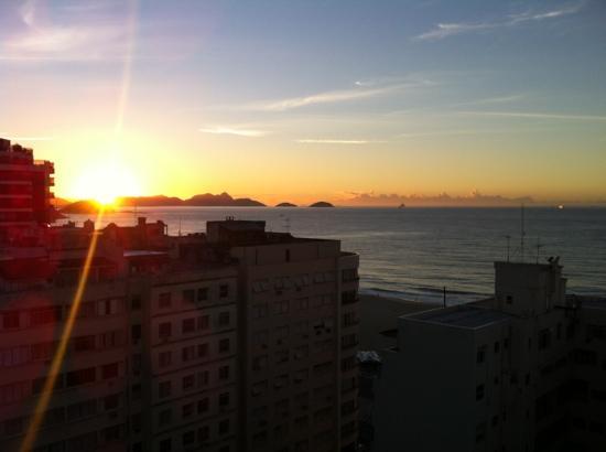 Windsor Palace Hotel: Os apartamentos da cobertura tem esta vista do mar. Não dá para ver a praia, mas já é interessan