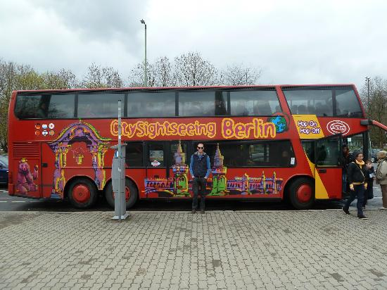 this tour bus isnt as good berlin city tour city sightseeing. Black Bedroom Furniture Sets. Home Design Ideas
