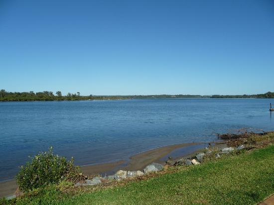 Ibis Styles River Lodge Harrington: Manning River View