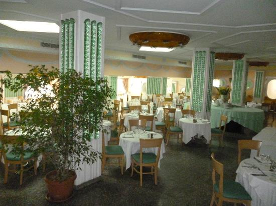 Grand Hotel Parco Del Sole: The Dining Room for breakfast and evening meal