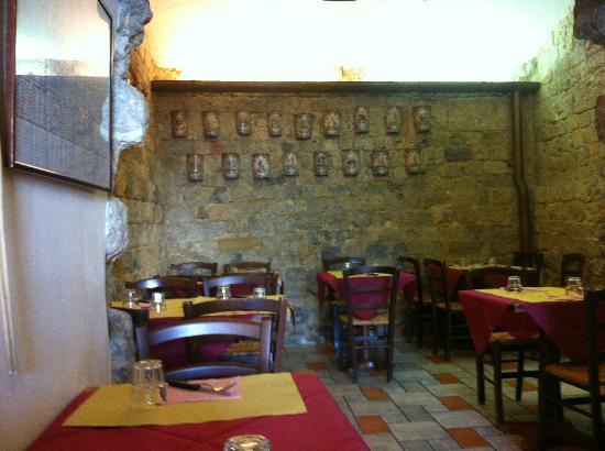 Osteria La Mossa: sala interna