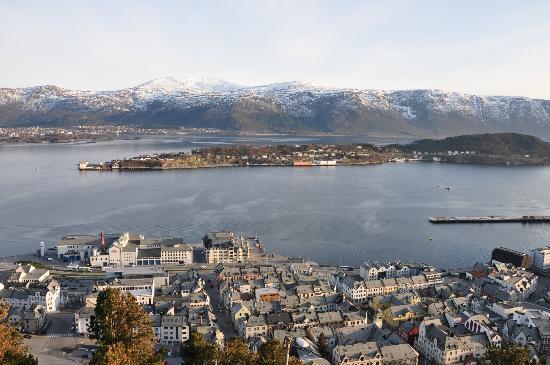 Scandic Parken: View from Fjellestua