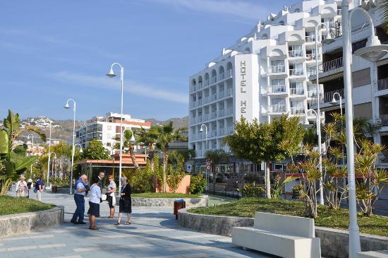 Helios Costa Tropical: Boulevard en Hotel Helios