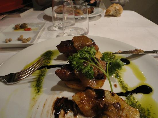 La Rita : Confit de canard con salsa di erbe aromatiche e composta di frutta
