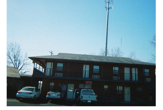 Cedar Inn