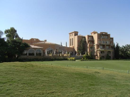 Stella Di Mare Golf Hotel, Ain Sukhna: The hotel from the golf course