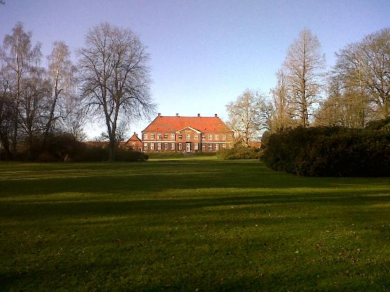 Hindsgavl Slot: Very nice grounds